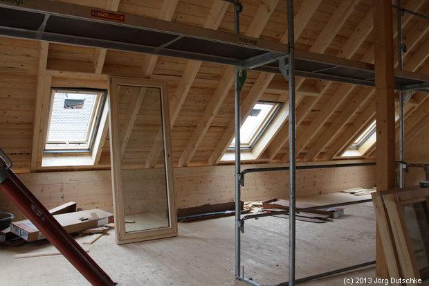 Velux-Fenster im Dachgeschoss vom Holz100-Haus
