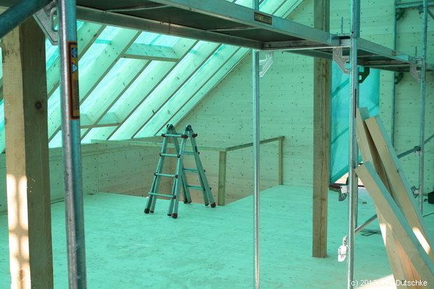 Unser Holz100-Haus - das Dachgeschoß mit Treppenaufgang