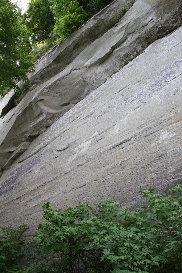 Felsen am Ufer des Bodensees nahe der Marienschlucht