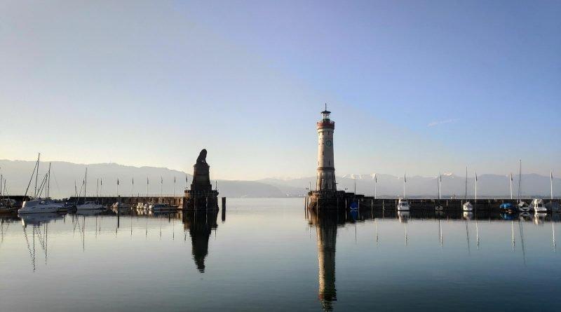 Lindau Hafen im Morgenlicht