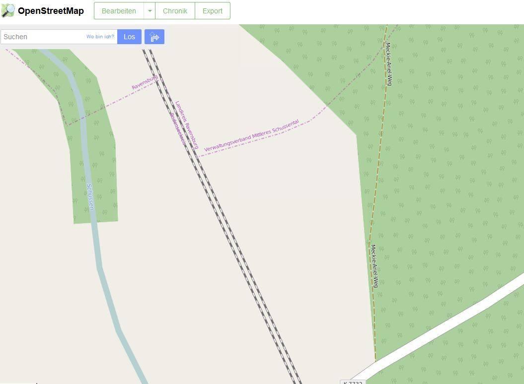 Dort steht Meckie-Ariel - sehr unweit der Gemeindegrenze zu Ravensburg (Ausschnitt von OpenStreetMap)